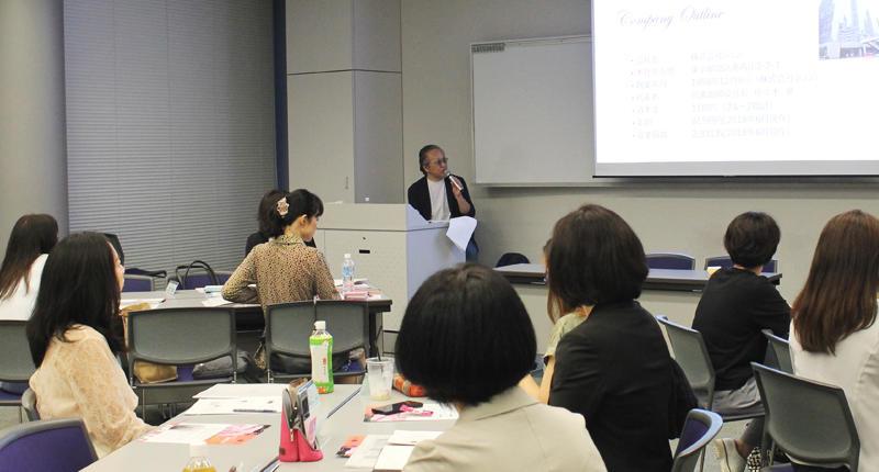 明治大学と産学連携し、女性に向けたビジネス講座の実践コンサルティングプロジェクトに参画