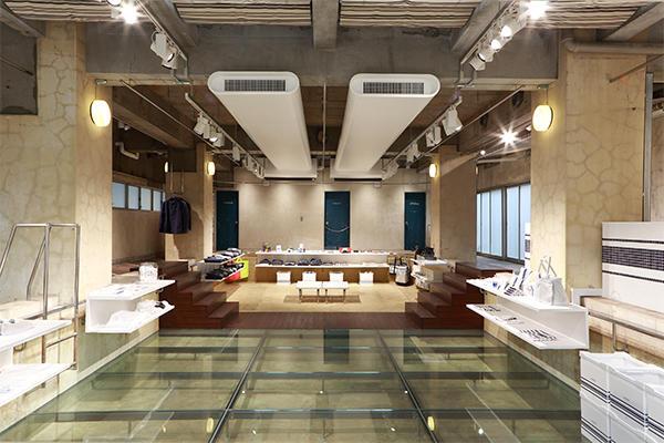 the POOL aoyama 4.5 Sat. オープン